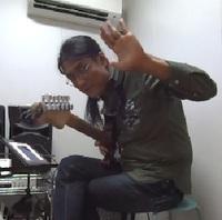 ギターレッスン教室 神戸・大阪 ギター演奏 ギター弾き方 ジャンゴを演奏して頂きました!