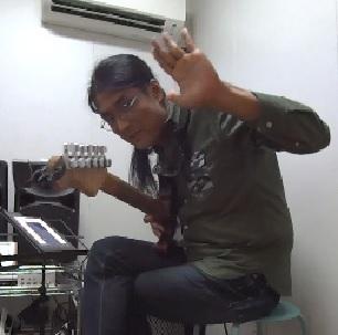 ギターレッスン教室 神戸・大阪 ギター演奏 ギター弾き方 ジャンゴ