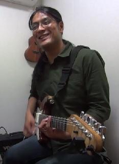 ギターレッスン教室 神戸・大阪 初心者の方のためのギター講座 音色コーラス