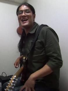 ギターレッスン教室 神戸・大阪 初心者の方のためのギター講座 音色ブースター