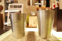 YUIQ通信より、日本製 錫のタンブラー