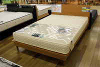 Goosleepコーナーに大型のベッドが入荷