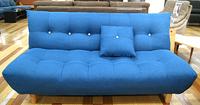 爽やかなブルーのソファでイメージ一新☆インテリアで部屋も一気に夏気分