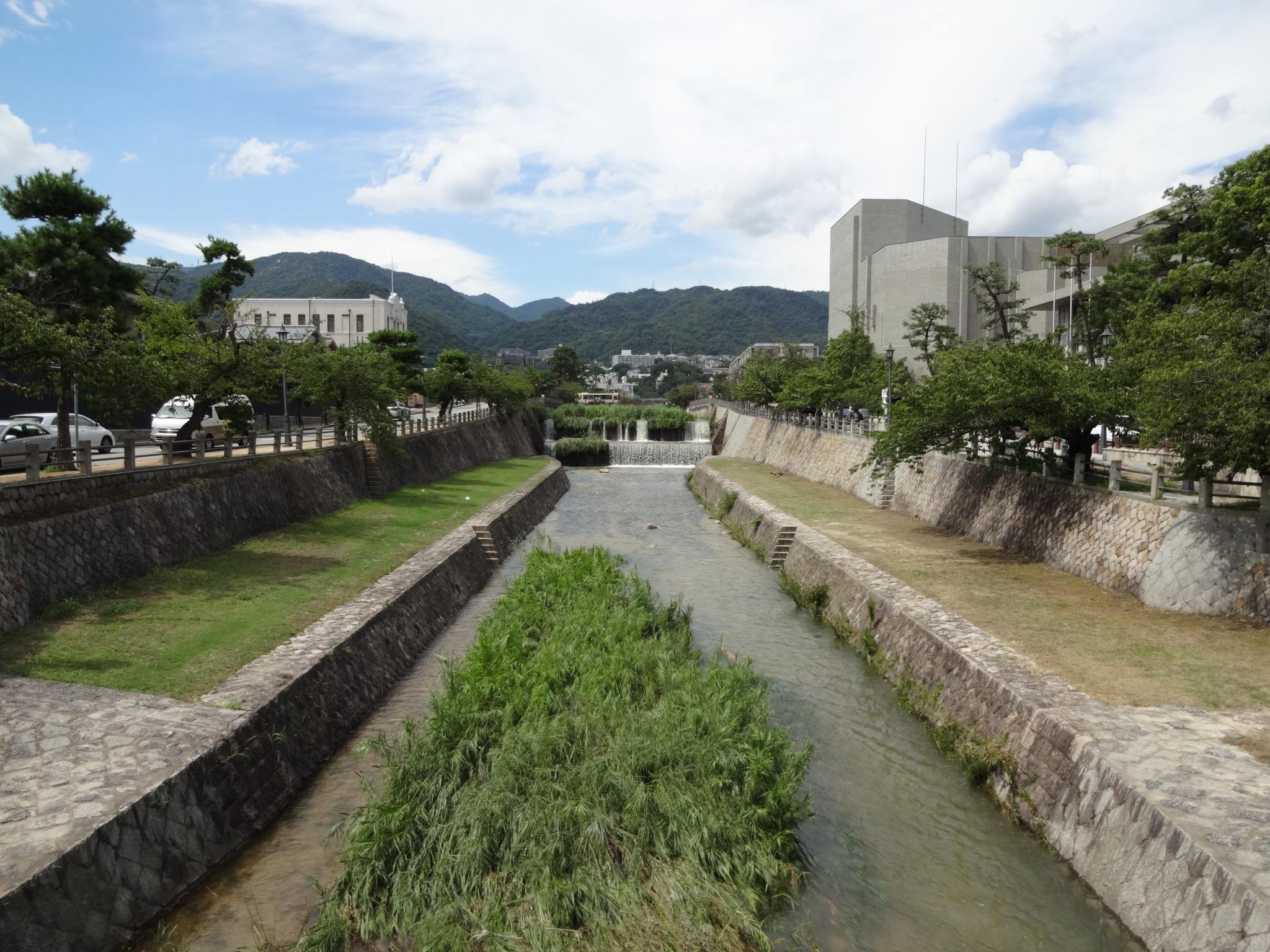 芦屋川(業平橋から北側(六甲山側))20140811