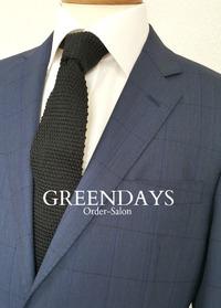 大阪の建築事務所代表・久和原様にスーツ2着等を納品させて頂きました。