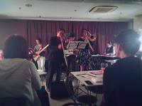 「bach兄妹」のライブでした!