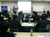 青研会で、山本金属製作所 山本社長に講演していただきました