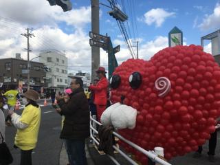 神戸マラソンで盛り上がっている中、私といえば…新長田本町筋・・・