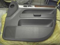 VWトゥアレグの内張り傷補修