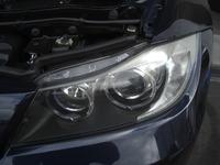 BMW3シリーズ(E90)のヘッドライト磨き