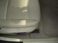BMW320iツーリングのフロアカーペットリペア